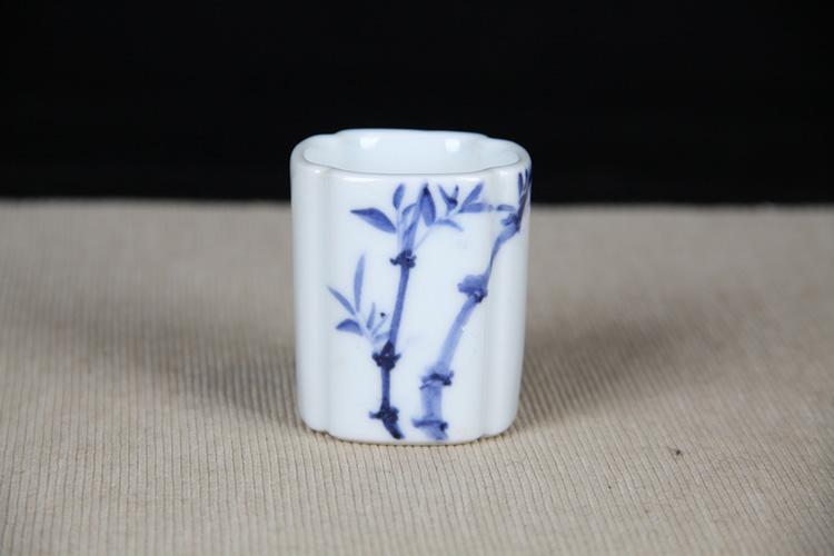 日本陶瓷 青花修竹纹四方形闻香杯 修竹画工简单大方图片